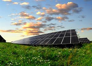 Energia solar é a fonte energética que mais cresce no mundo