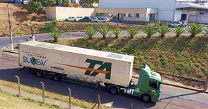 Energia solar é aplicada em transporte de cargas com uso de tecnologia inovadora