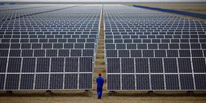 Maior projeto de energia solar no mundo é lançado pela Arábia Saudita e Softbank.